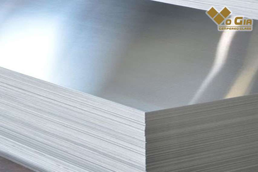 Tấm nhôm aluminum nhẹ, bền được ứng dụng phổ biến hiện nay. hãy xem báo giá cơ khí tại Đà Nẵng