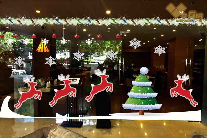 Trang trí shop ngày Noel tại Võ Gia