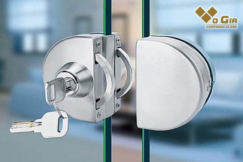 Sản phẩm kính cường lực Võ Gia Group luôn đảm bảo chất lượng cao