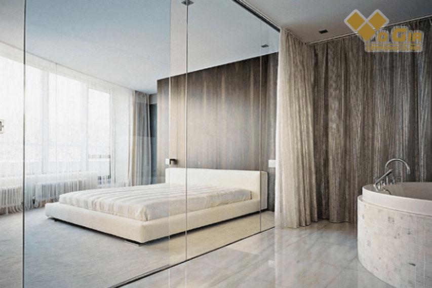 Vách ngăn bằng kính sự lựa chọn hoàn hảo! Vách ngăn kính cường lực phòng ngủ