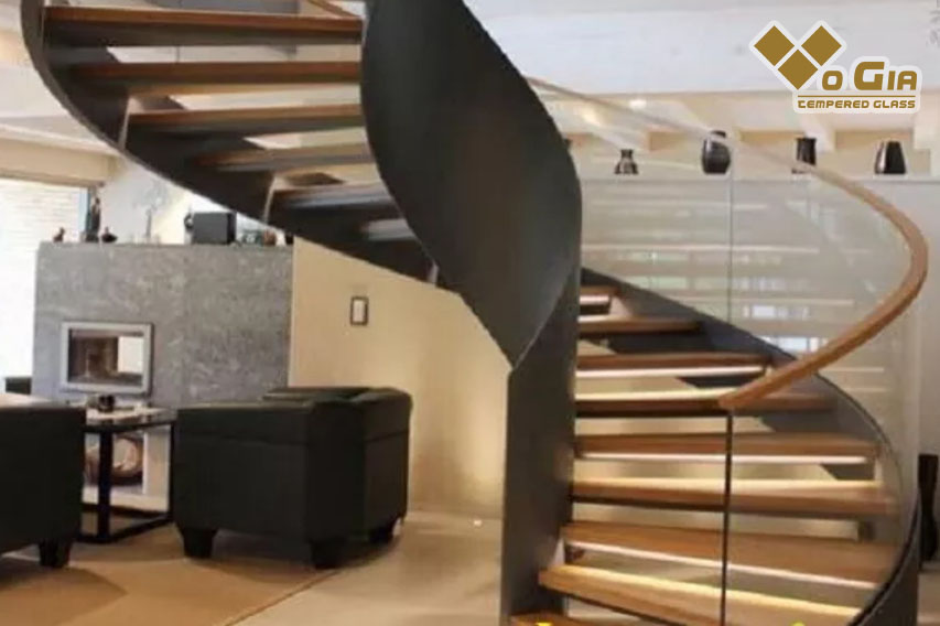 Cầu thang xoắn ốc đẹp tạo nên không gian đẳng cấp